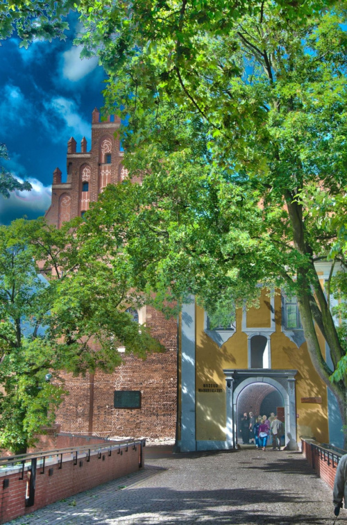 Olsztyński zamek, pierwsze podejście do HDR #olsztyn #zamek #HDR