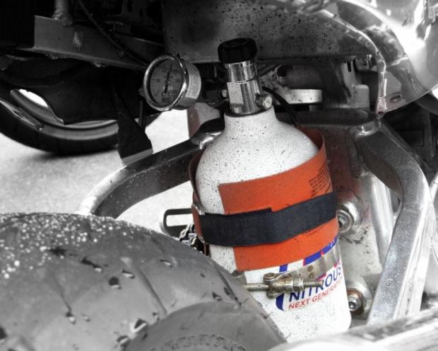 ;-) #nos #SuzukiGSX1300R