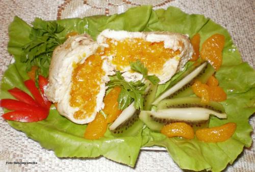 Pierś z kurczaka z mandarynkami z parowara . Przepisy do zdjęć zawartych w albumie można odszukać na forum GarKulinar . Tu jest link http://garkulinar.jun.pl/index.php Zapraszam. #kurczak #PierśZKurczaka #mandarynki #jedzenie #kulinaria
