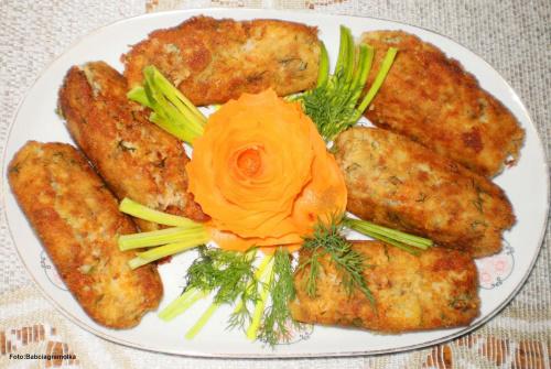 Krokiety ziemniaczano-tuńczykowe Przepisy do zdjęć zawartych w albumie można odszukać na forum GarKulinar . Tu jest link http://garkulinar.jun.pl/index.php Zapraszam. #obiad #krokiety #ziemniaki #tuńczyk #ryby #jedzenie #kulinaria #gotowanie