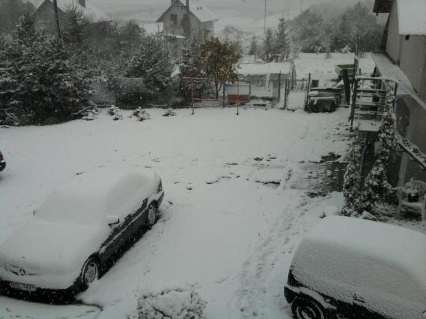 Pierwszy atak zimy 2009/2010. #zima #atak #snieg #mróz #mroz #mrozik #płatki #zaspy #lód