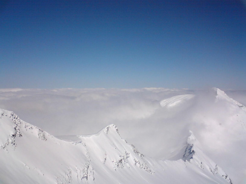 Alpy Austria. Ponad chmurami.