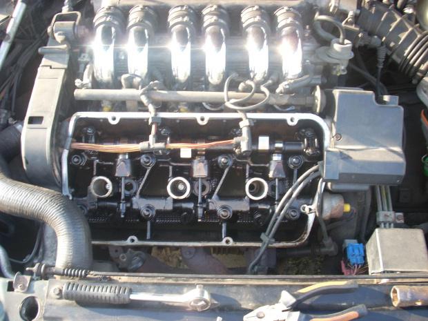 Głowica V6 Busso #Busso #AlfaRomeo #rozrząd #SOHC #silnik #benzyna