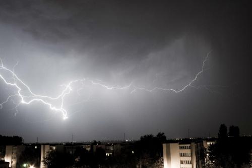 #burza #konwalie #las #piorun #pioruny