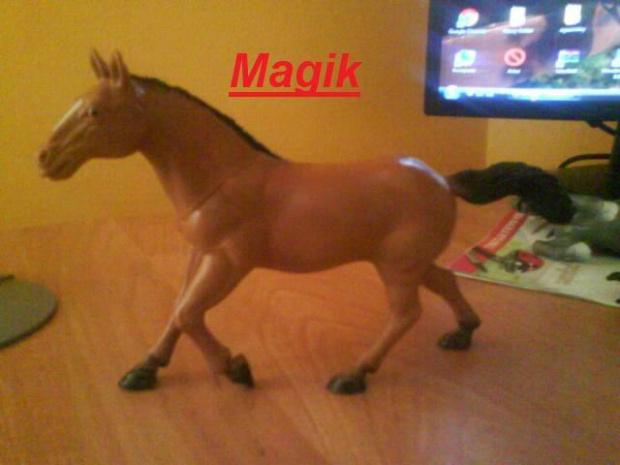 konie szleich #koniki #baciki